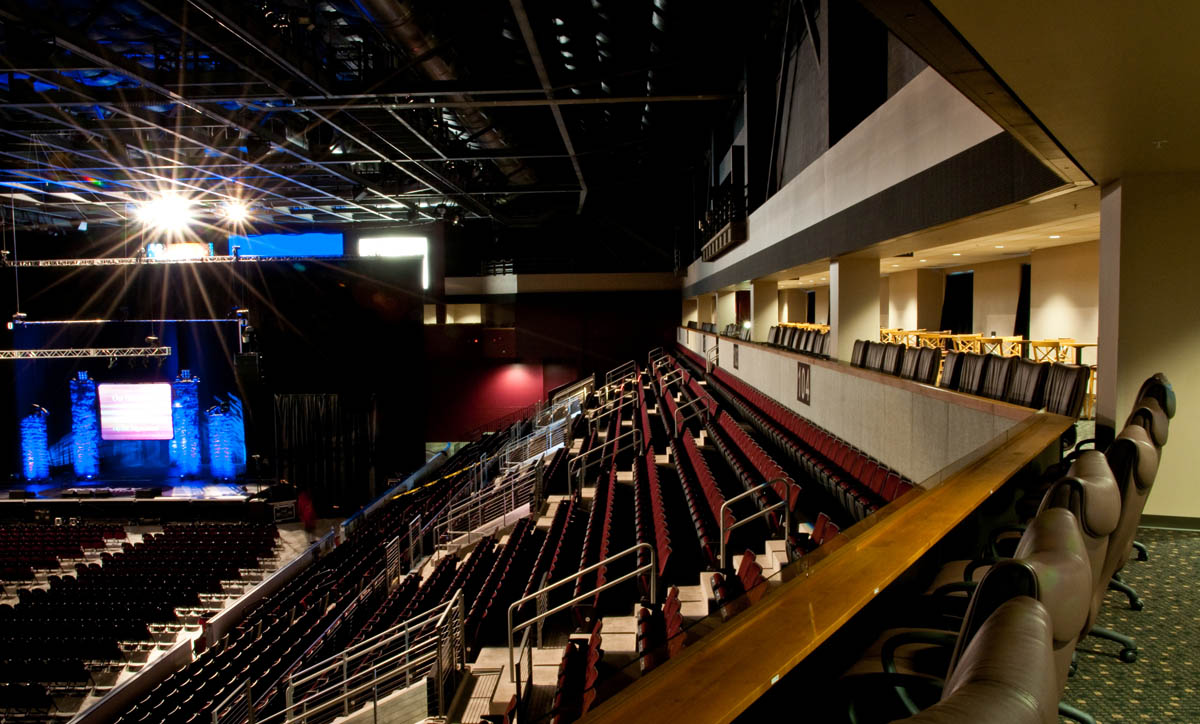 United Wireless Arena Je Dunn Construction