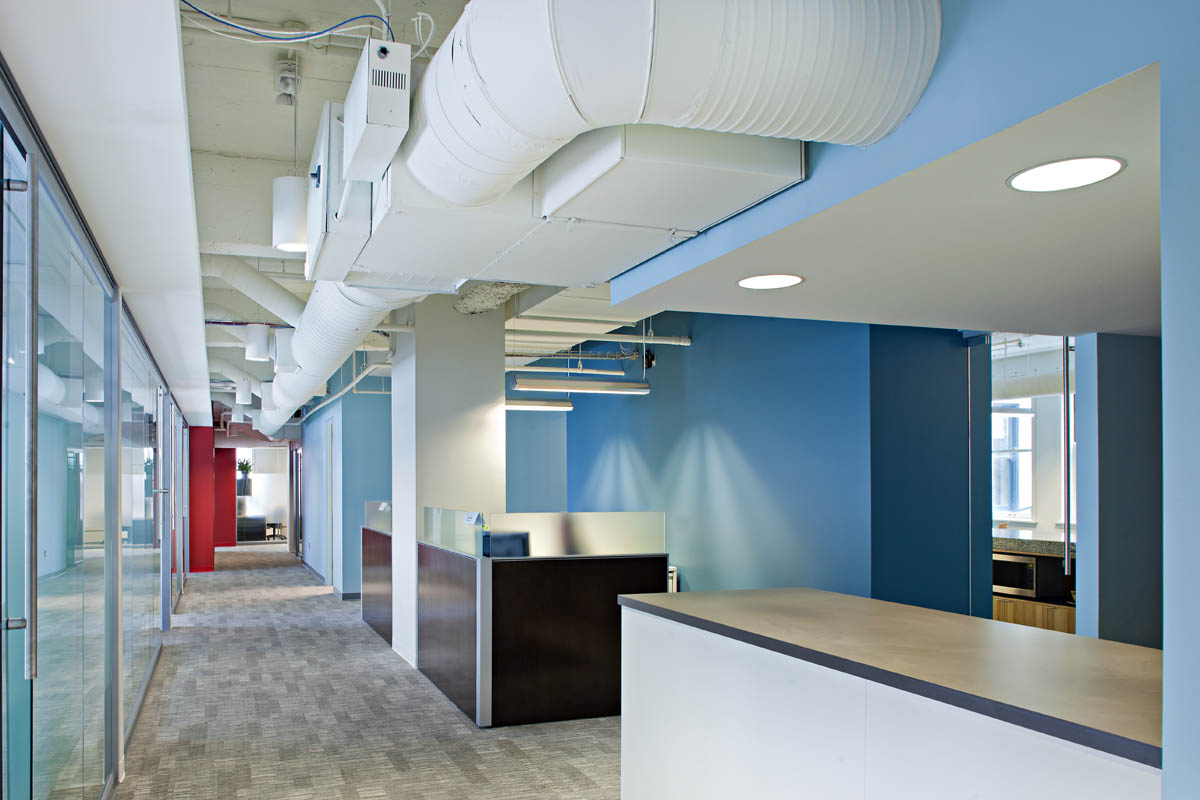 Kc chamber of commerce and kcadc office renovations je for Office design kansas city