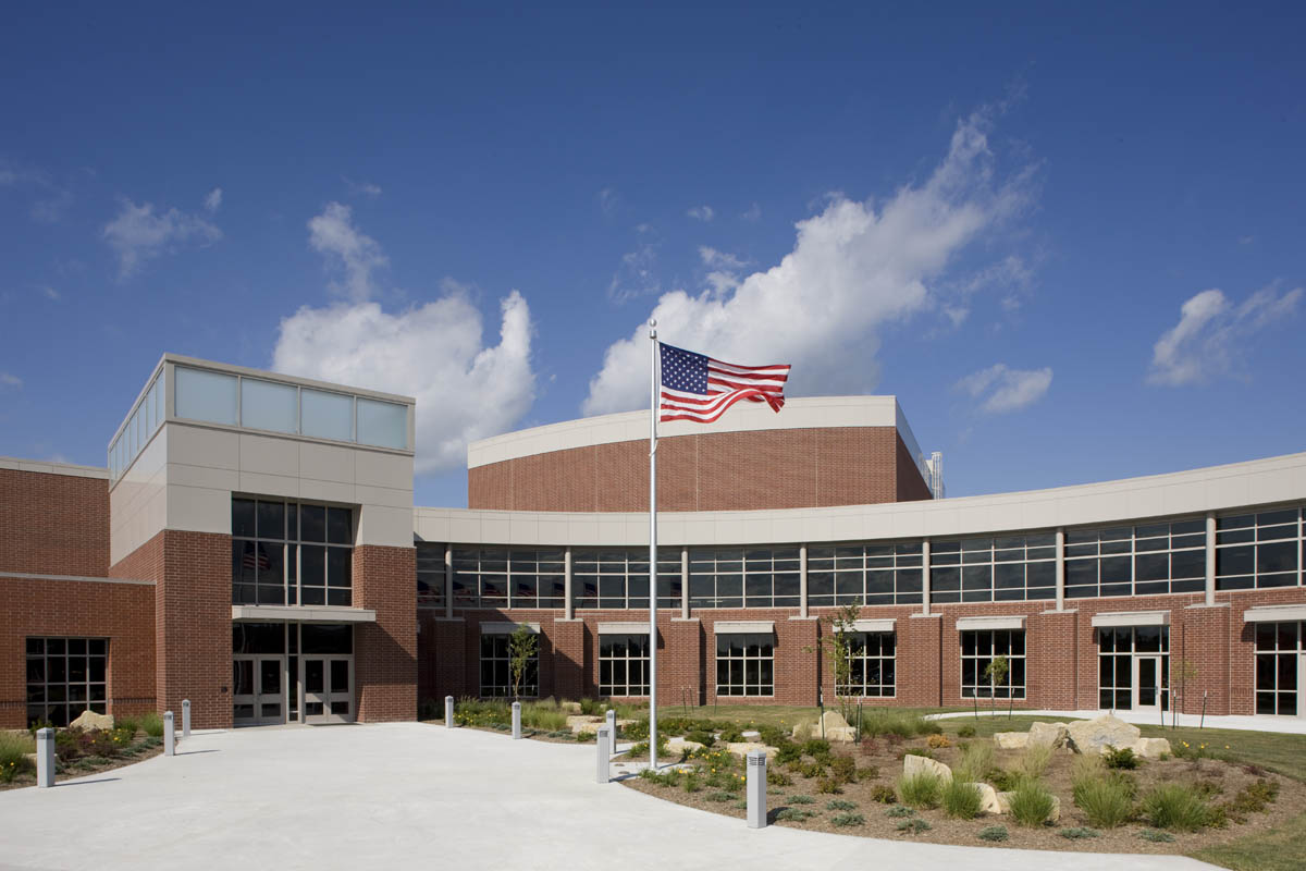 Staley High School and District Athletic Complex | JE Dunn ...