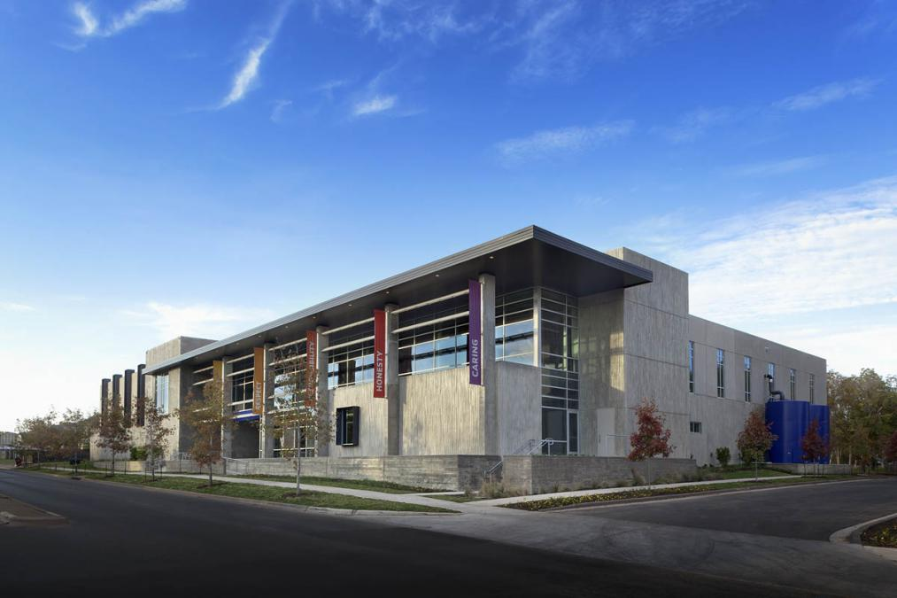 North austin ymca je dunn construction for Garden city ymca pool schedule
